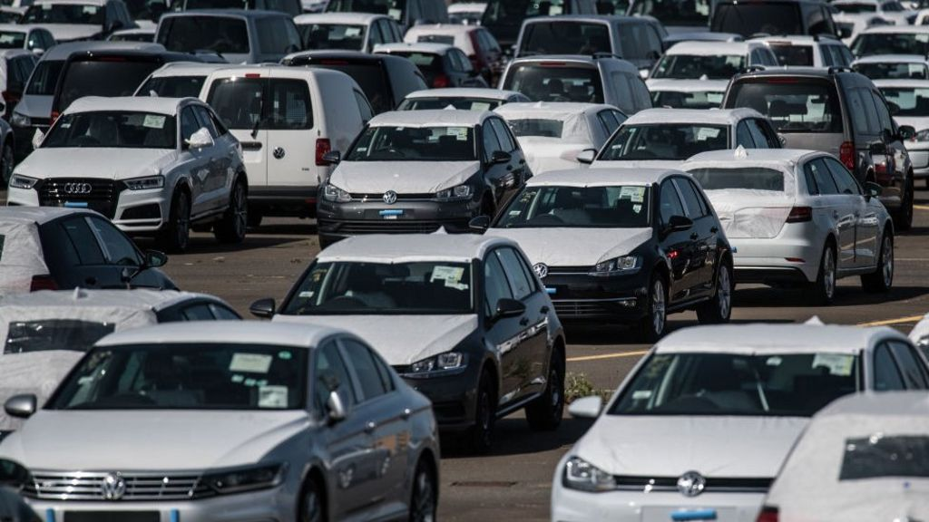 Carmakers call for transitional EU deal