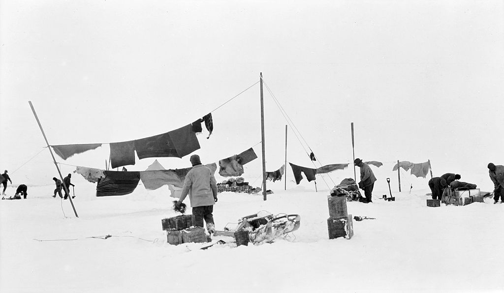 Crew of Endurance try to dry clothes and blankets