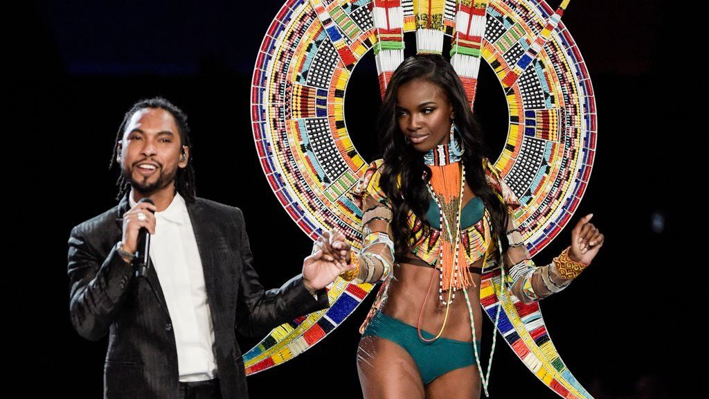 Miguel performs at the Victoria's Secret fashion show