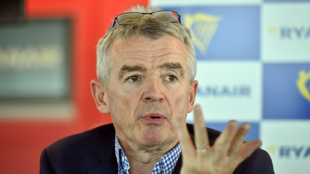 Ryanair boss offers pilots better pay and conditions to stay