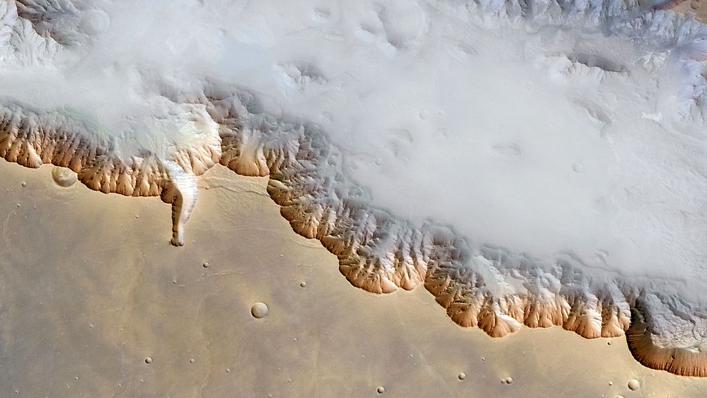 Ground fog in Valles Marineris, Mars, 2004 (detail)
