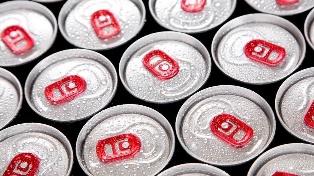 Teachers call for ban on energy drinks in schools