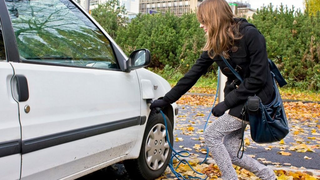 bbc.co.uk - Survey: Half of young people want electric cars