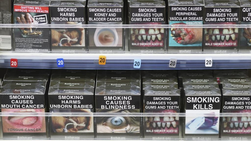 Philip Morris: Tobacco giant ordered to compensate Australia