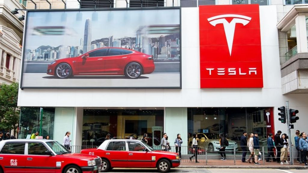 Tesla cuts price of Model 3 to $35,000 and moves sales