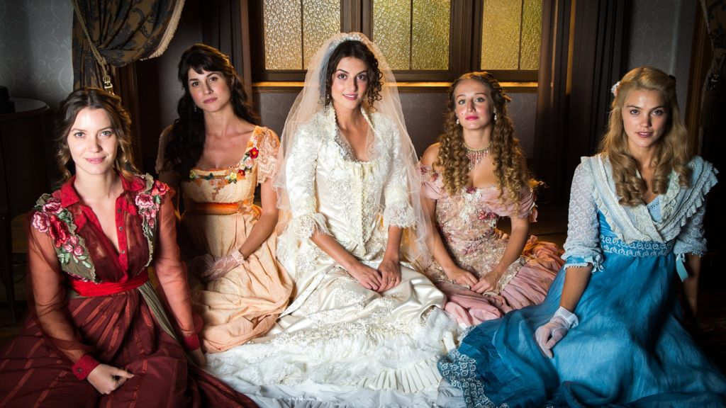 Pride and Passion: Jane Austen novels the Brazilian way - BBC News