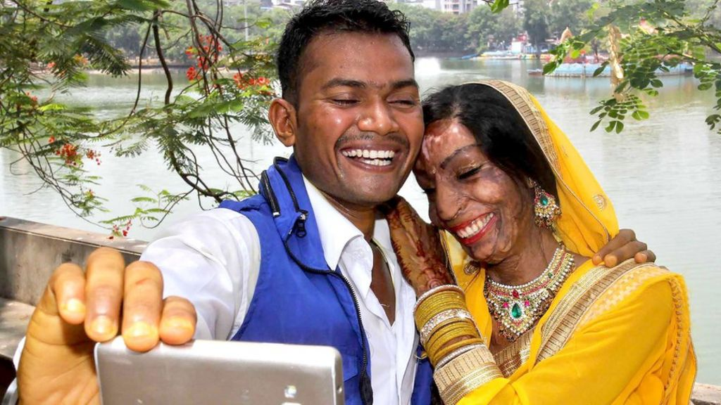 Indian acid-attack bride finds love from a wrong number ...