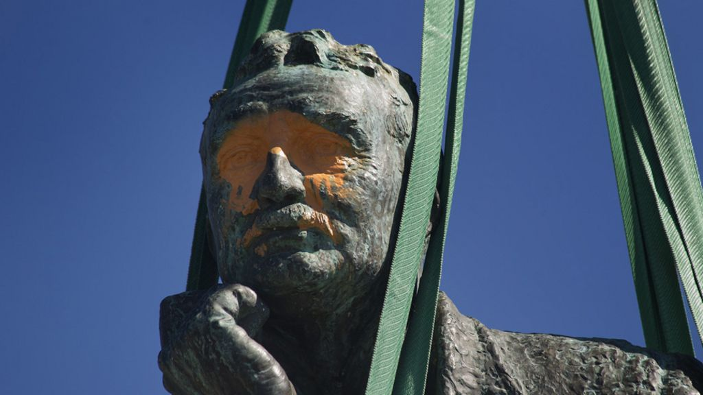 the legacy of cecil rhodes should not be removed