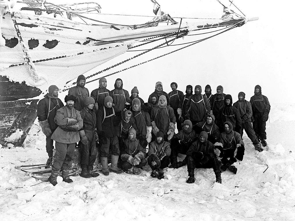Crew of Endurance in autumn 1915