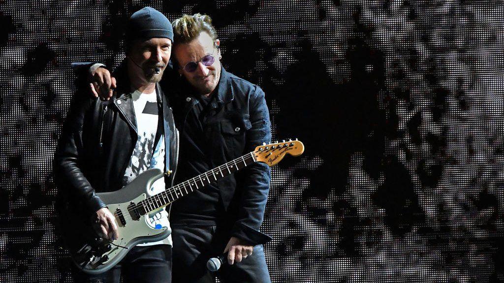 U2 celebrate Jo Cox on Joshua Tree tour