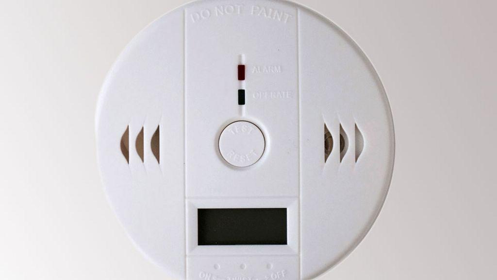 Carbon monoxide alarms, Smoke