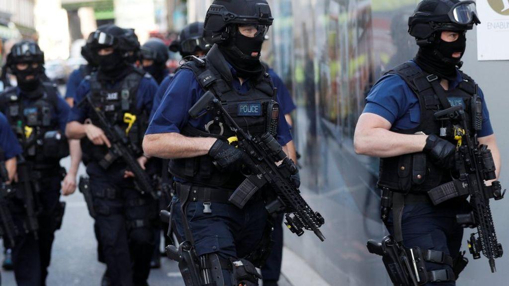 Armed Met Police officers to wear head-mounted cameras