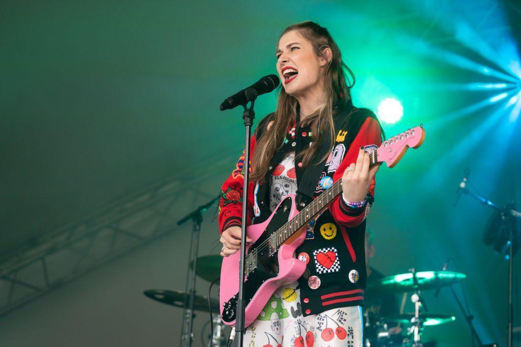 Baby Queen in concert