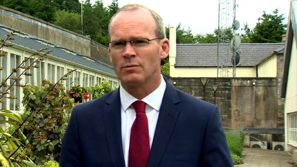 Stormont talks: Simon Coveney warns time 'running out'