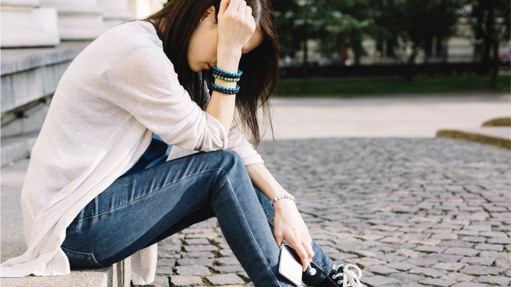 'Steep rise' in self-harm among teenage girls