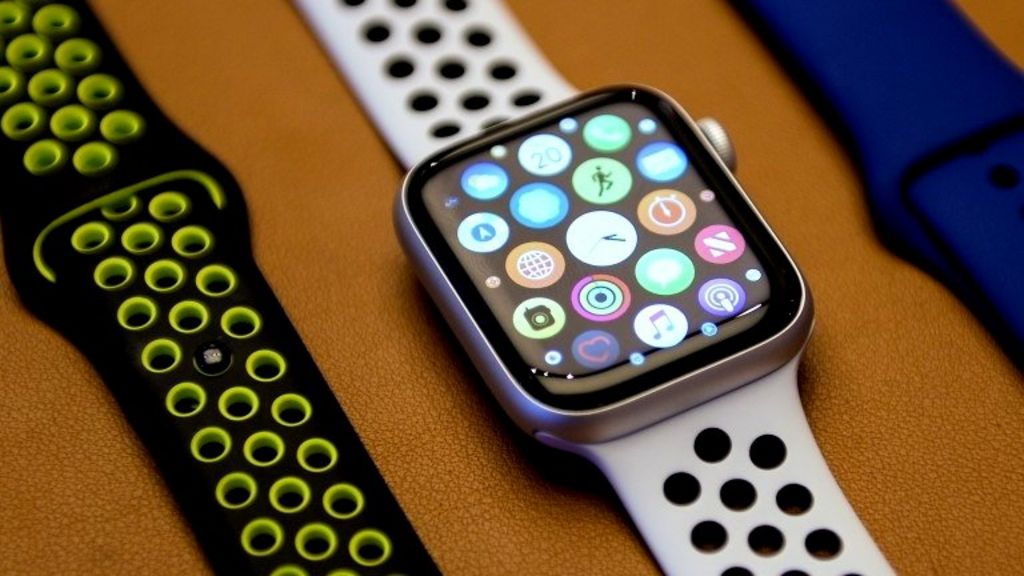 Apple Watch owners asked to return devices for repair after update glitch