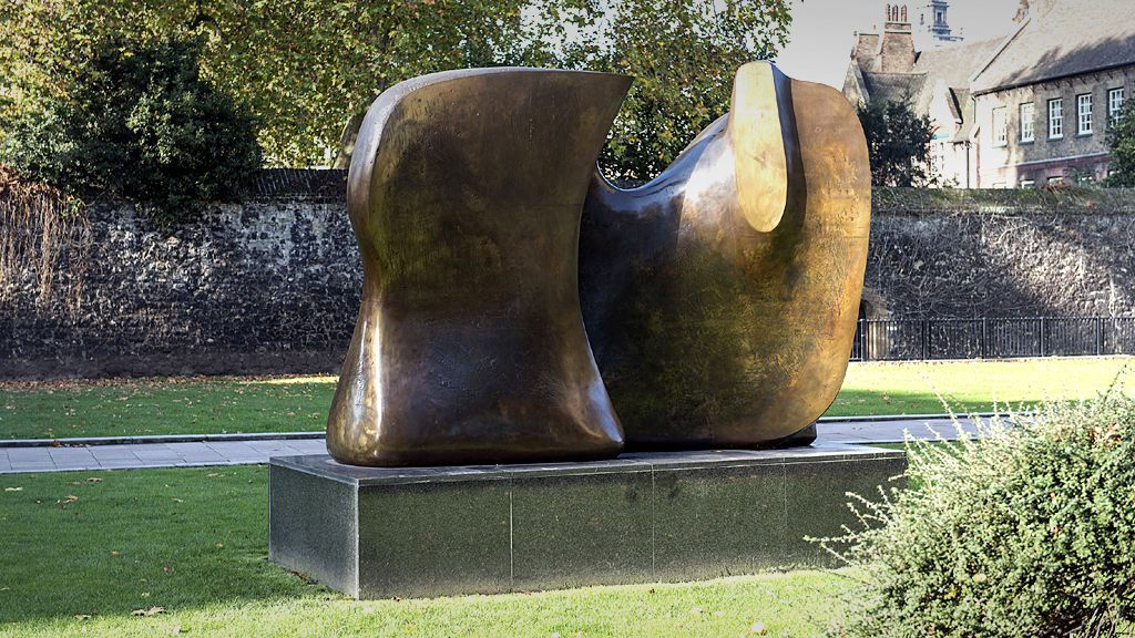 Knife Edge Two Piece by Henry Moore, 1967 - Westminster, London.