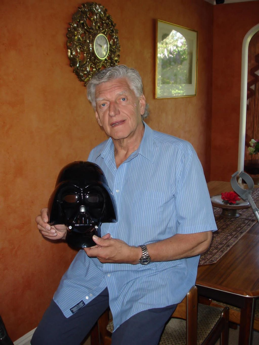 Darth Vader actor Dave Prowse
