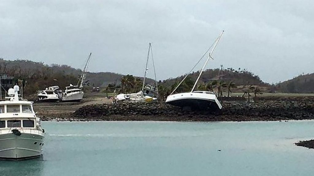 Thumbnail for Cyclone Debbie: Experts fear damage to Great Barrier Reef - BBC ...