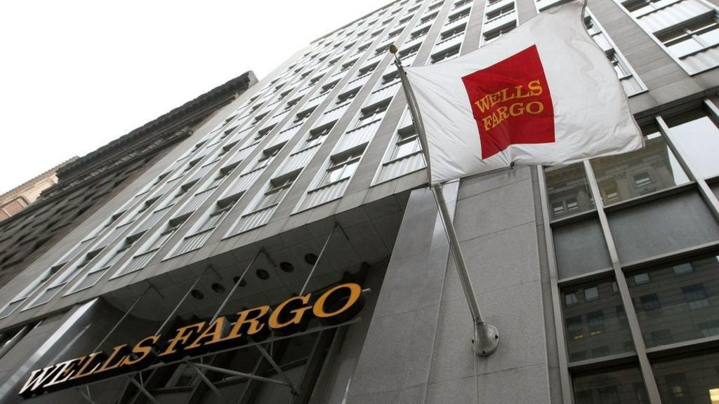 Wells Fargo boss should be be fired, says senator