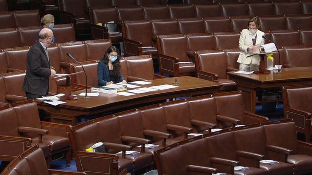 Coronavirus Congress Passes 484bn Economic Relief Bill Bbc News