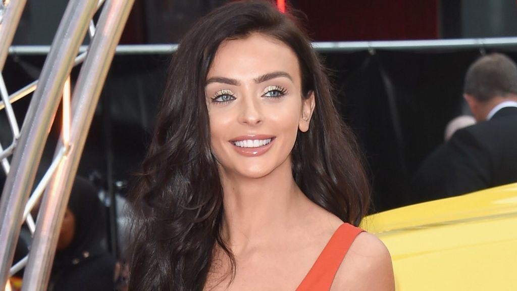 Love Island star replaced by 3-year-old in light switch-on