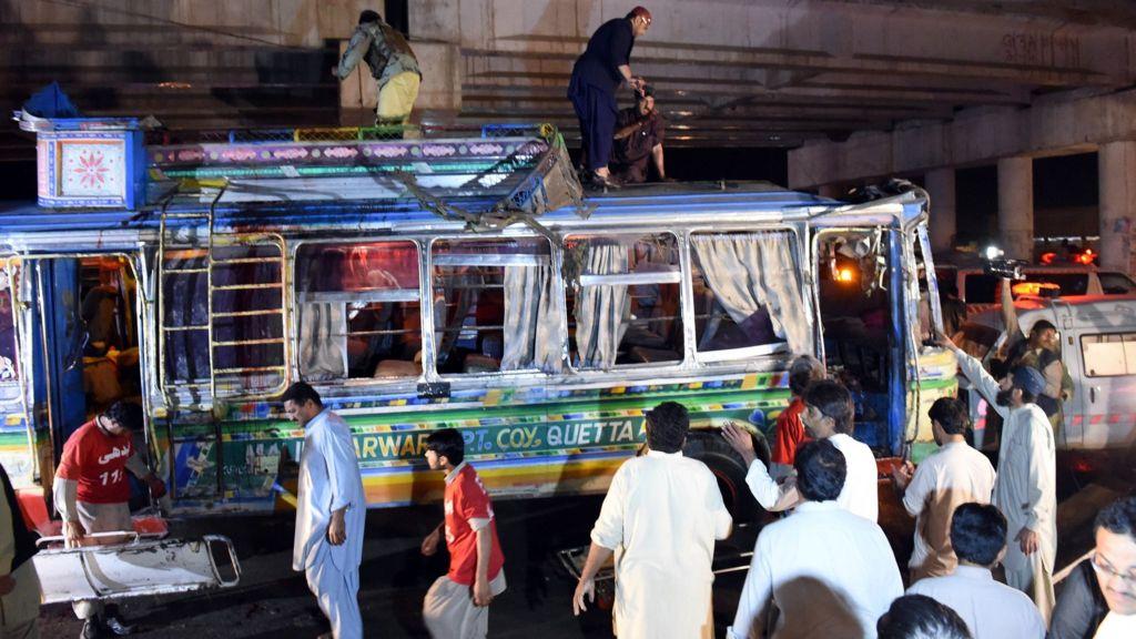 Pakistan Bus Blast Kills 11 In Quetta Bbc News