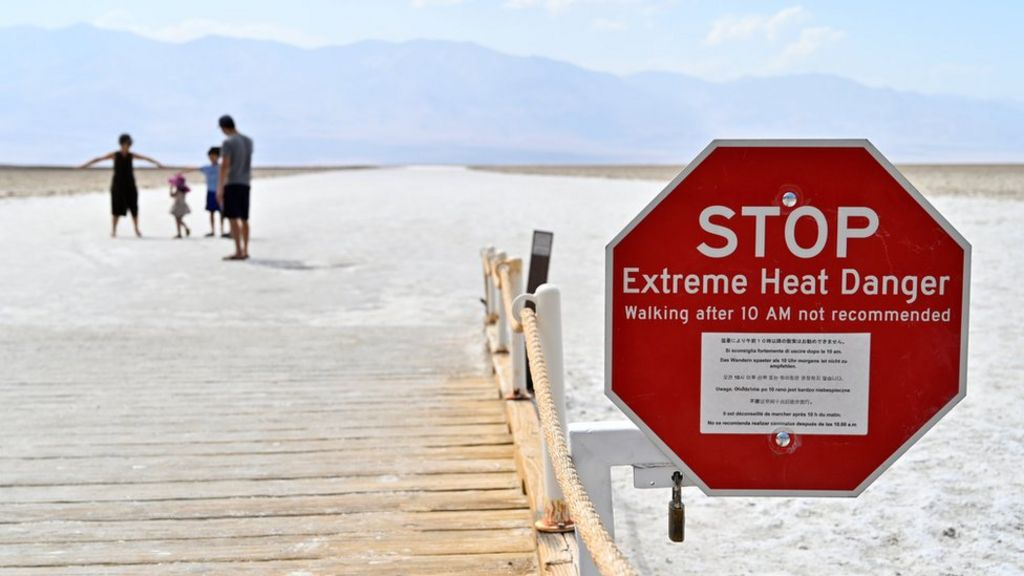 Death Valley: What life is like in the 'hottest place on Earth'