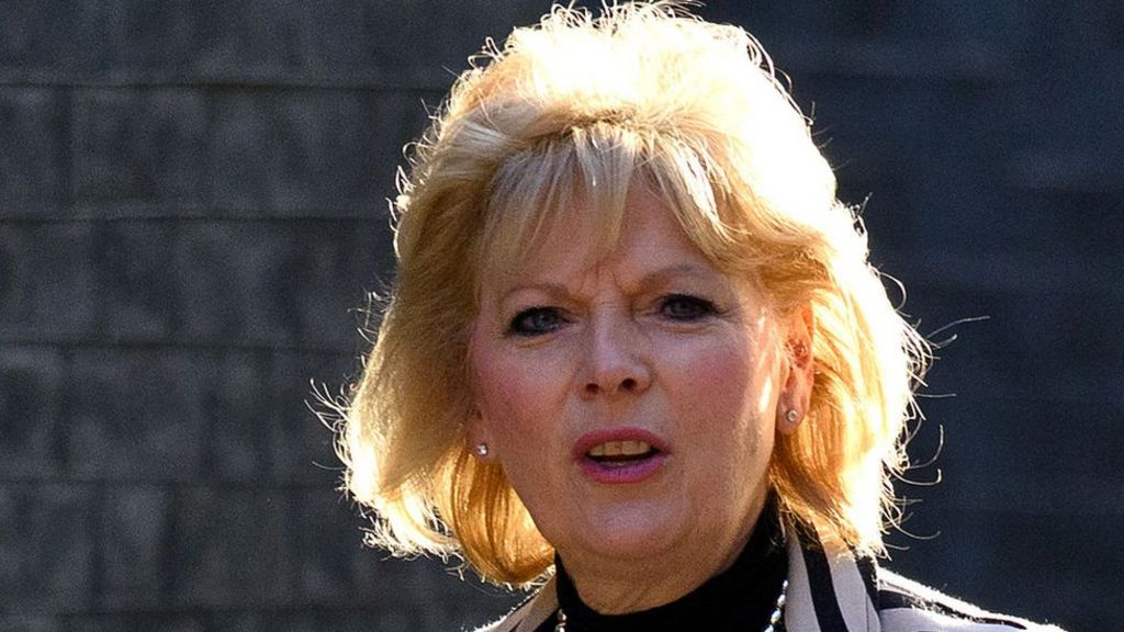 MP blames death threats on paper's headline