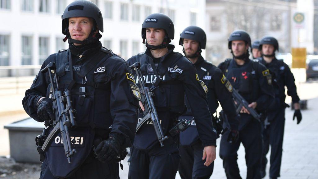 German police arrest 10 people on suspicion of planning Islamist