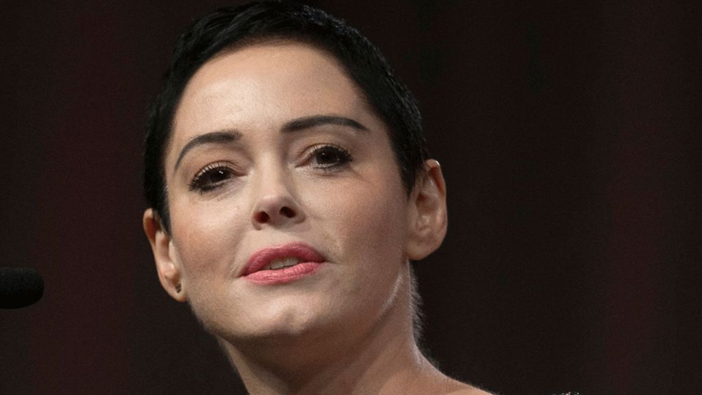Harvey Weinstein 'offered $1m' silence money to Rose McGowan