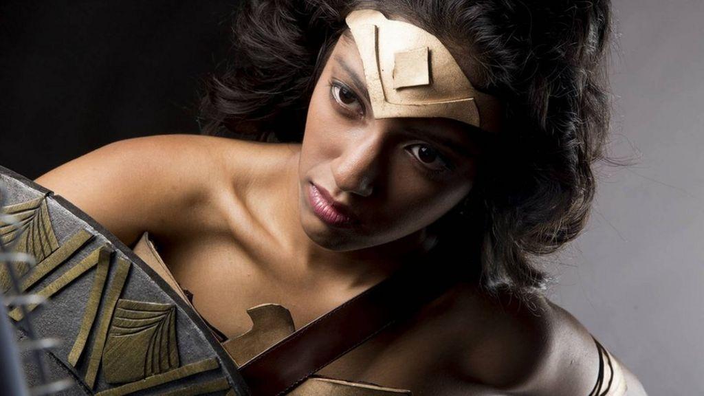 Wonder Woman Gal Gadot backs mocked Sri Lankan cosplayers