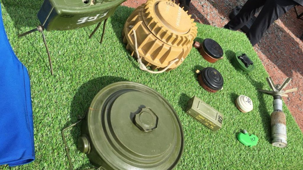Mines and clearance equipment