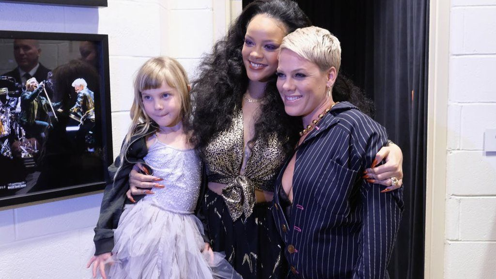 Rihanna with Pink and her daughter Willow