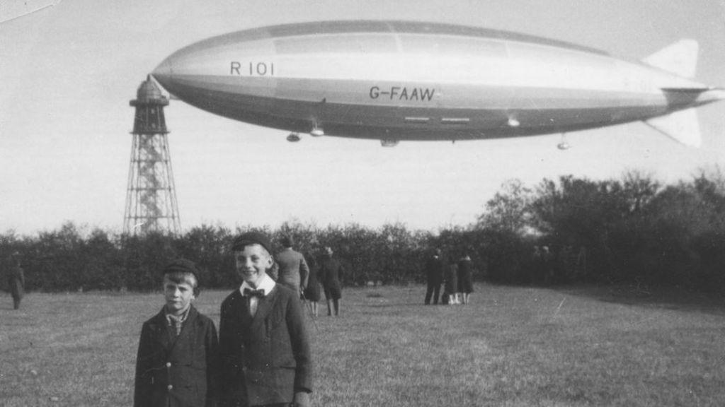 R101 airship crash: 'Hope and sadness' on 90th anniversary - BBC News