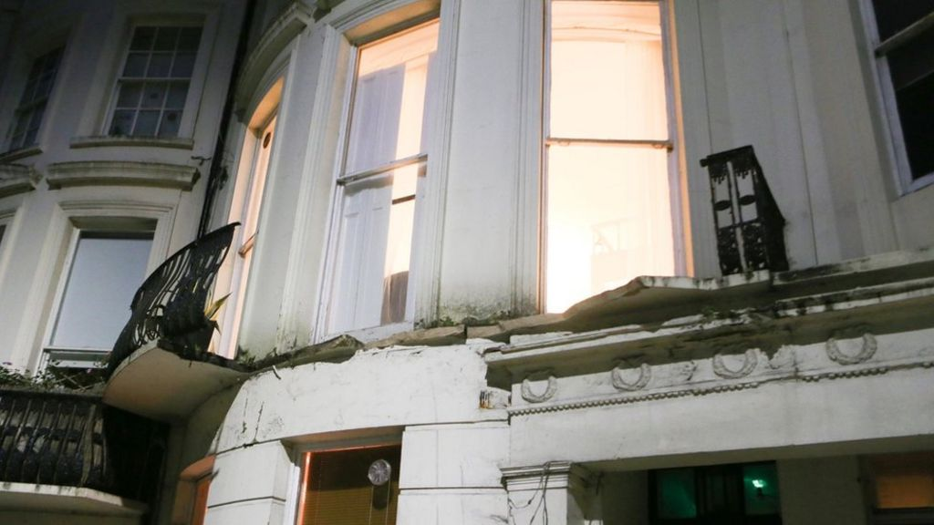 Airbnb denies liability over Brighton balcony collapse - BBC