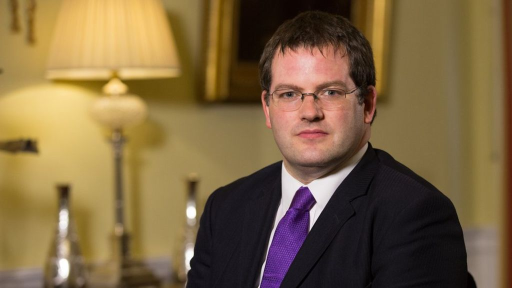 SNP minister Mark McDonald quits over 'previous actions'