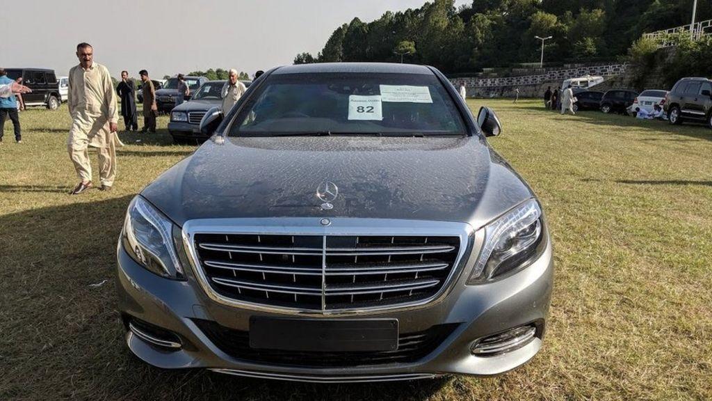 Pakistan Bidders Flock To Pm Imran Khan S Car Auction Bbc News