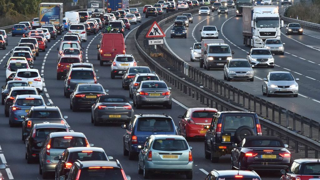 Traffic jams: UK's worst motorway disruption revealed - BBC News