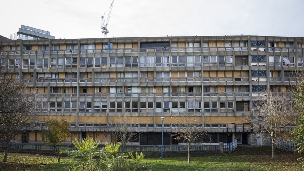 V&A to display Brutalist flats at museum