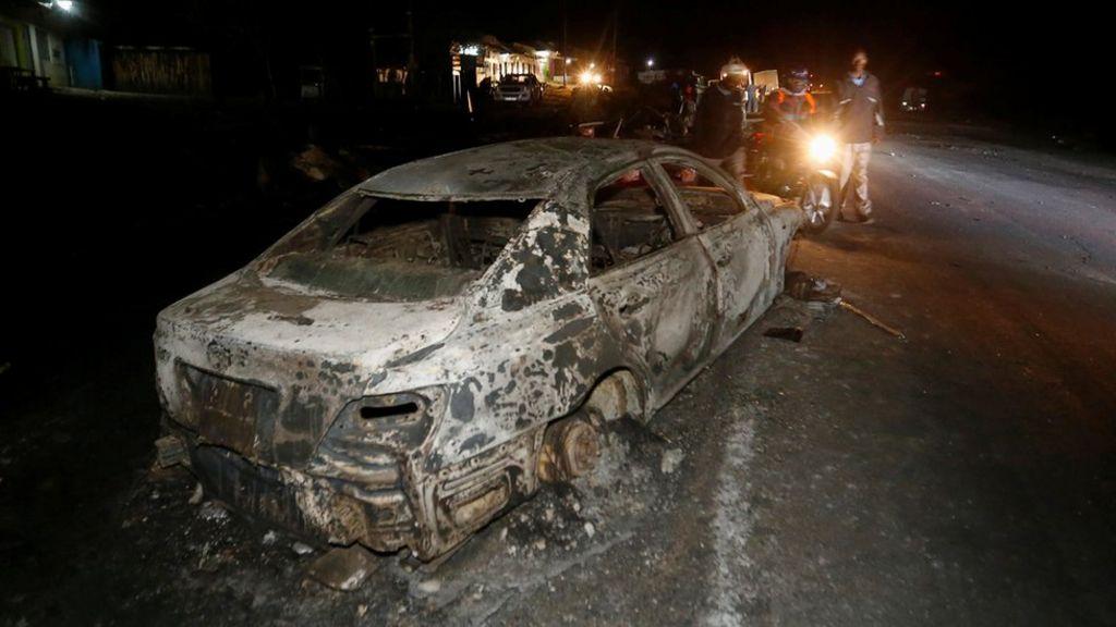 Kenya Naivasha: 39 dead as fireball engulfs traffic on road - BBC News