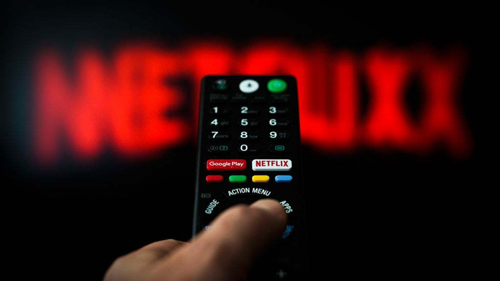 Netflix price increase for UK customers - BBC News