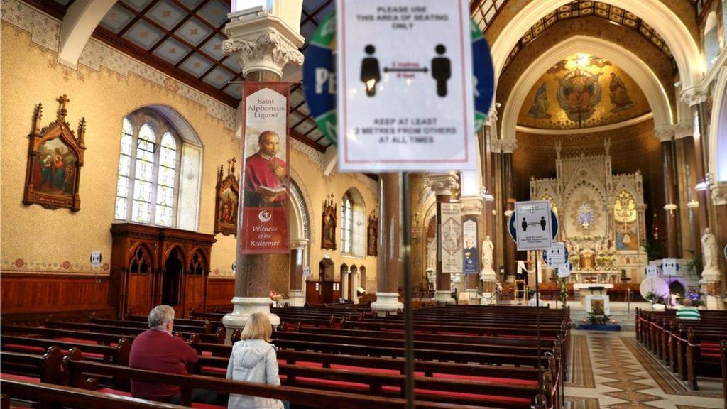 Coronavirus: Catholic Church hopes Mass 'can resume this month' - BBC News