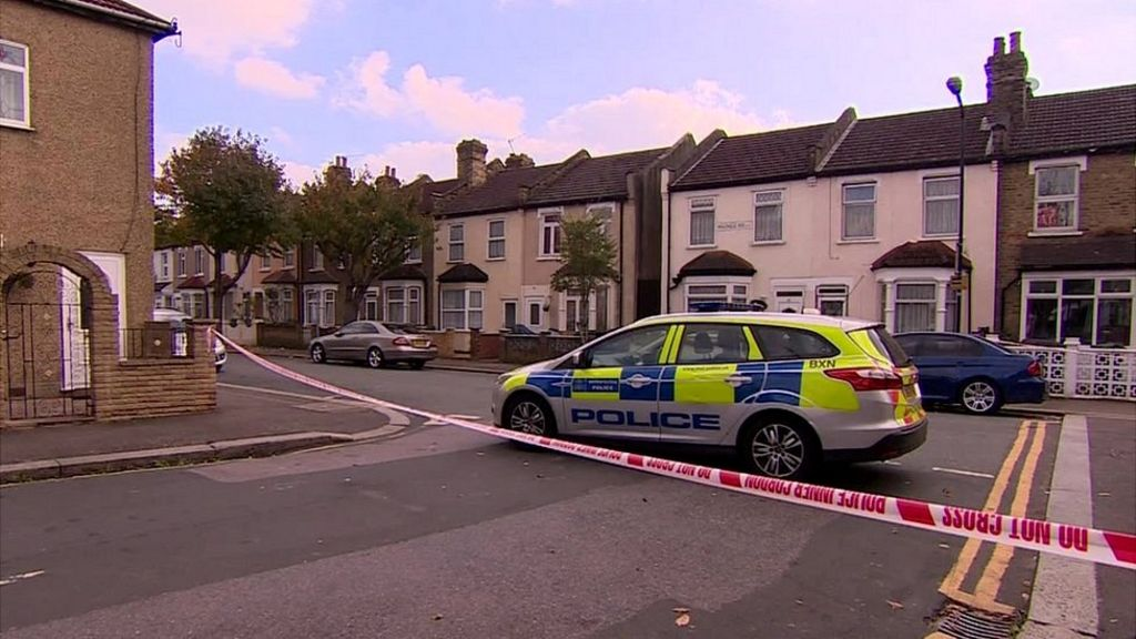 Two acid attacks on London delivery drivers 'may be linked'