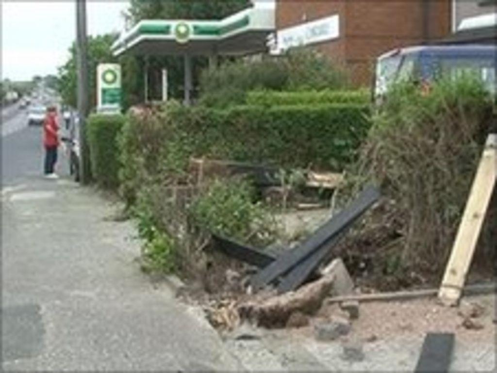 teenager injured in stolen car crash in bangor bbc news. Black Bedroom Furniture Sets. Home Design Ideas