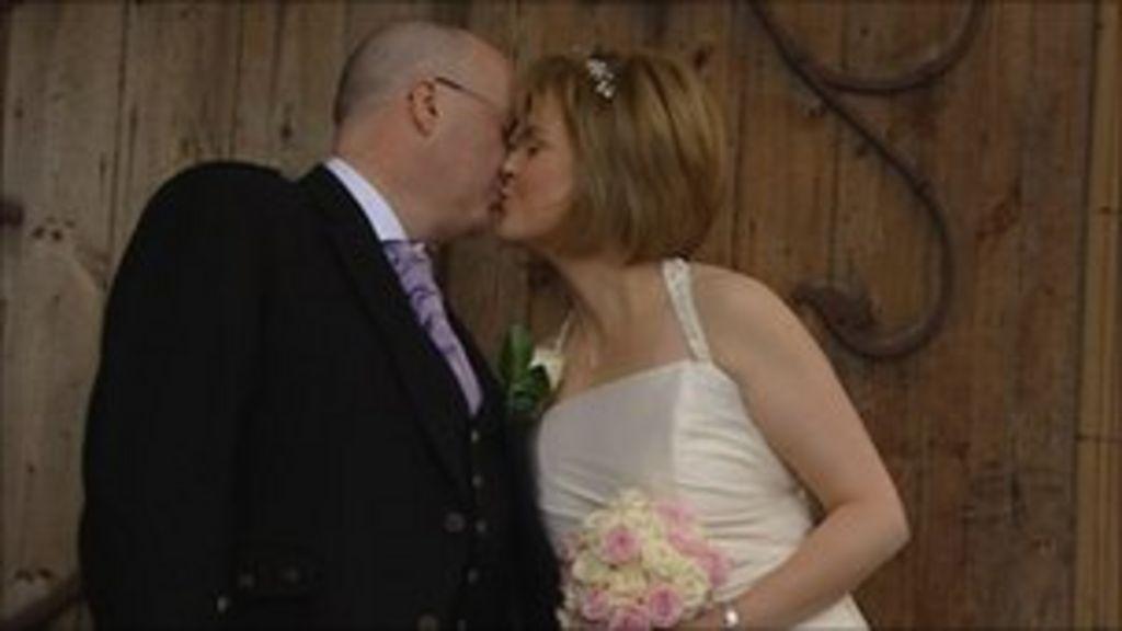 nicola sturgeon marries partner peter murrell