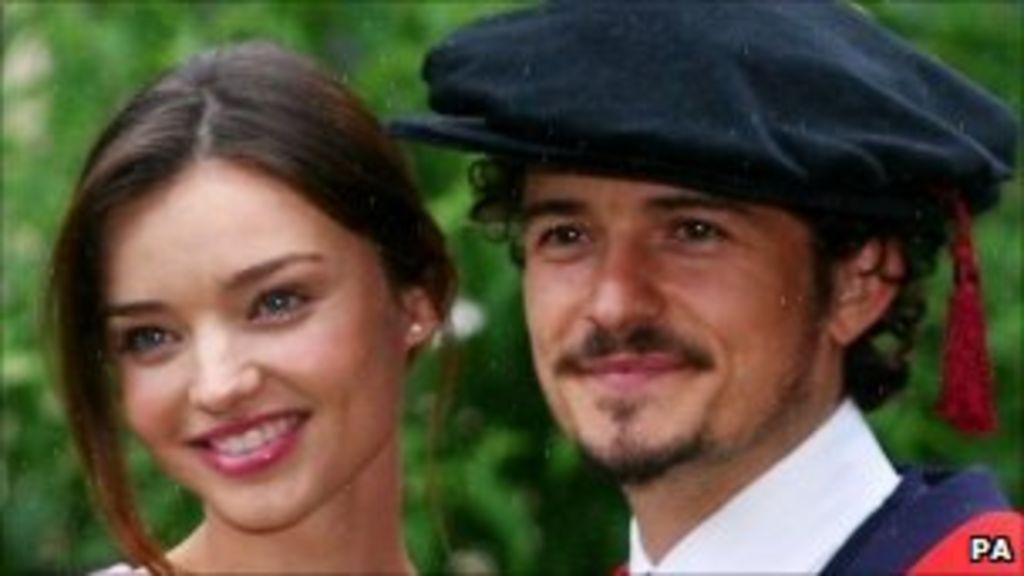 Actor Orlando Bloom Marries Model Girlfriend Bbc News