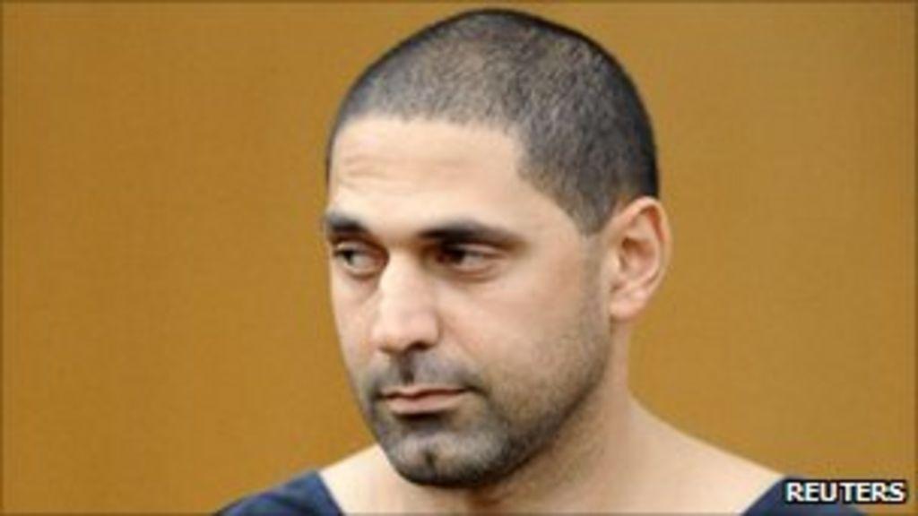 Stabbing suspect sent to Michigan