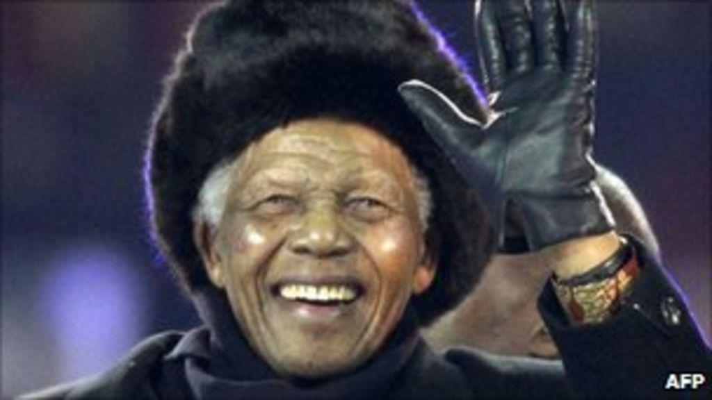 Mandela aide quits over diamonds