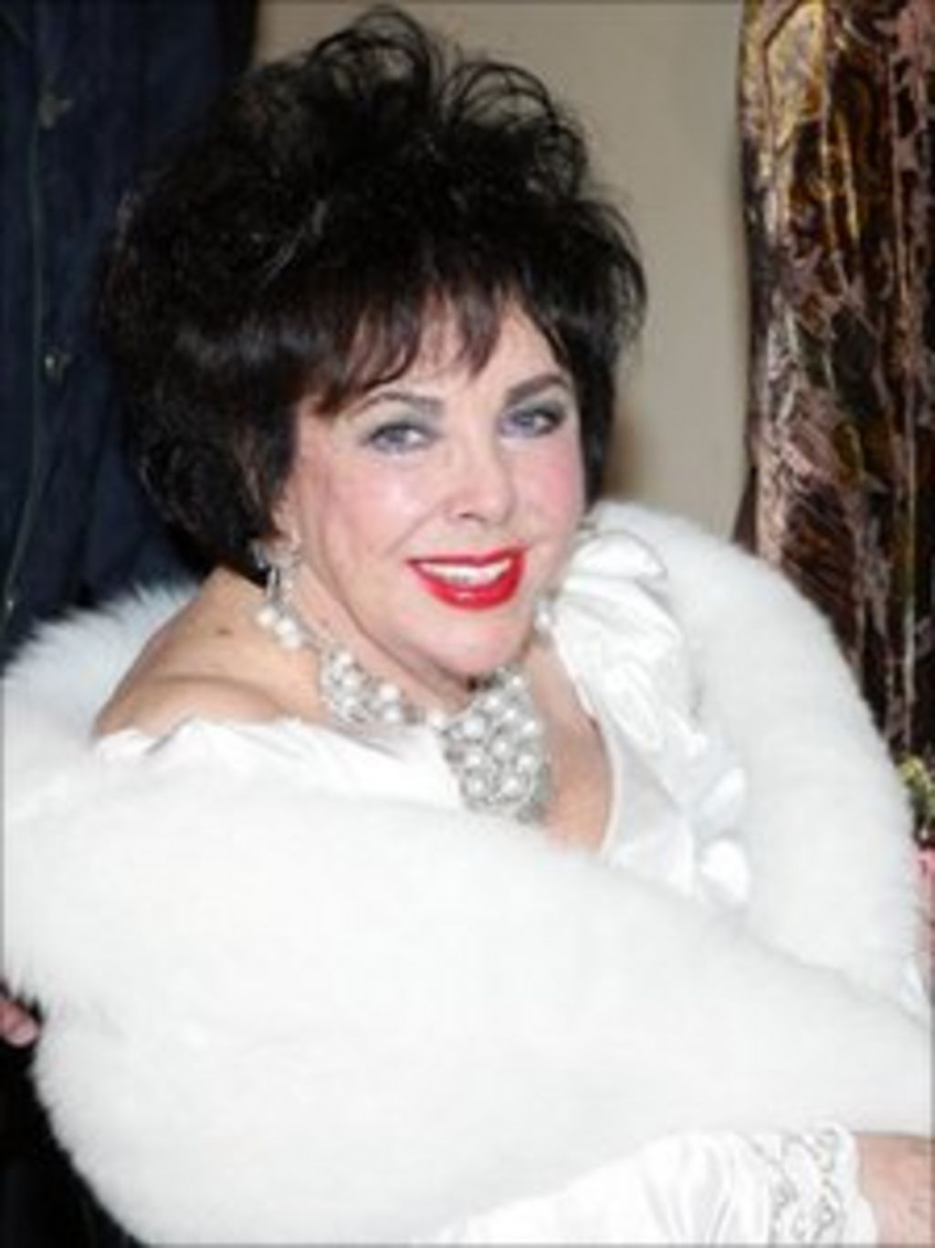 dame elizabeth taylor dies at the age of 79 bbc news